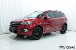 Ford KUGA 1,5 EcoBoost 150 hv FWD ST-LINE *UPEA YKSILÖ KATTAVASTI VARUSTELTUNA!*, vm. 2017, 35 tkm
