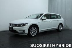 Volkswagen PASSAT Variant GTE Plug-In Hybrid 160 kW (218 hv) DSG (MY18) *FACELIFT, NAHKAT, KOUKKU, WEBASTO YMS.*, vm. 2018, 62 tkm